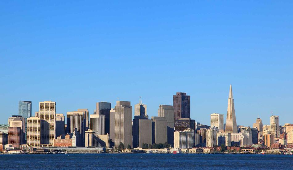 A photo of the San Francisco skyline.